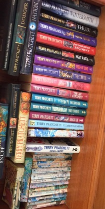 87ace-pratchett2bbooks
